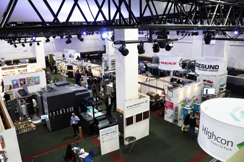 Dscoop-June-15-Forum-Exhibition-blue-and-white-lighting-exhibitors-and-printers